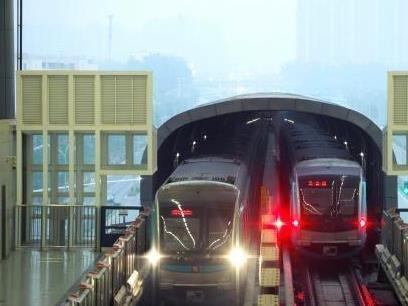 """中国城市轨道交通""""世界最长"""" 运营上要下功夫"""