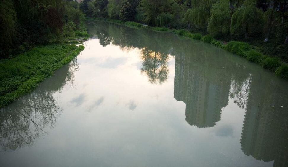 全面整治城市水源保护区