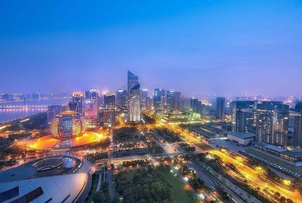 2019年中国人均GDP预计破1万美元 成就有多了不起