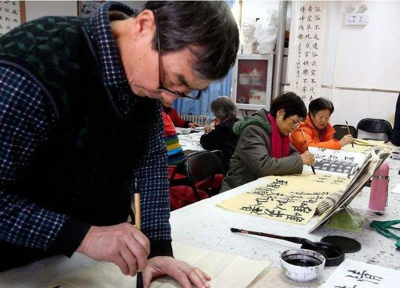 专家:老年人文化生活需求强烈