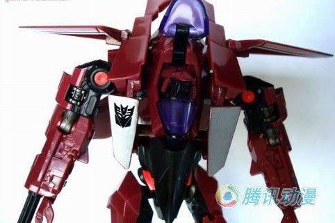 变形金刚超酷模型!红色战斗机型