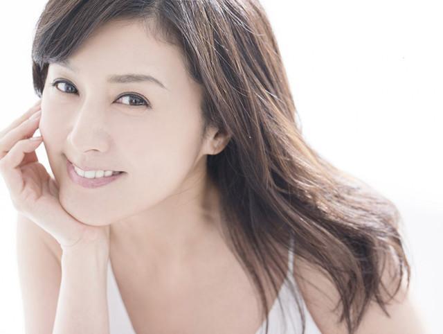 藤原纪香婚后复出首部漫改剧是《快乐婚礼》