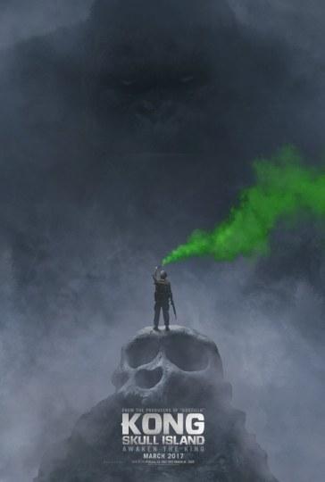 《金刚:骷髅岛》曝海报 抖森脚踩骷髅头
