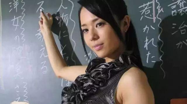 好久不见!消失数日苍老师妇女节微博问候粉丝