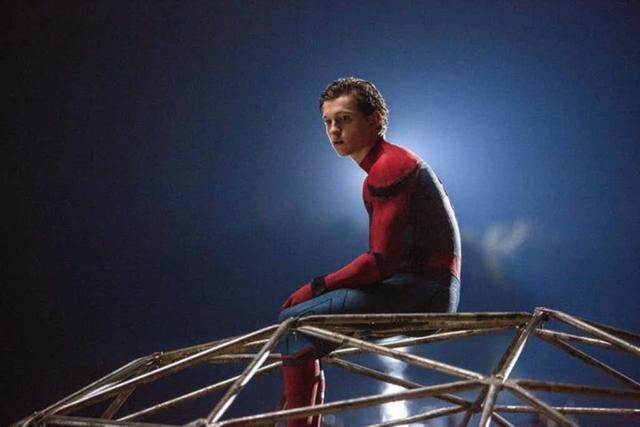 新《蜘蛛侠》发布动态海报 荷兰弟希望继续饰演小蜘蛛