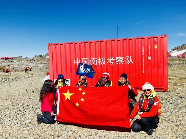 3D动画电影《天狼》团队远征南极-与科考团队共迎新春