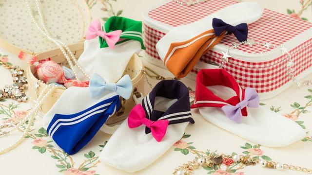 让脚变身!《美少女战士》推出水手服袜子