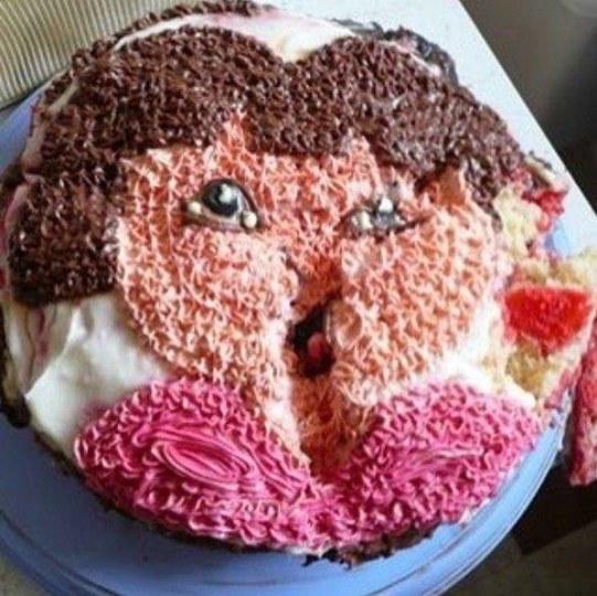吃了会拉肚子吧?老外DIY的蛋糕太惨不忍睹