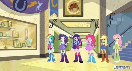 《彩虹小马》话题动画电影即将上映