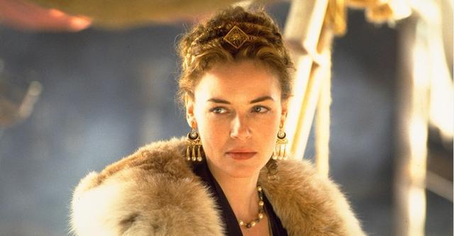 康妮-尼尔森确定出演《神奇女侠》希波吕忒