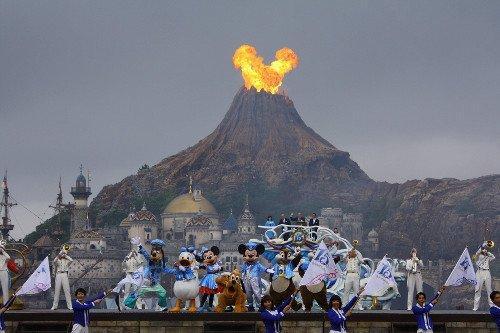 迪士尼十五周年纪念拍到心形火焰