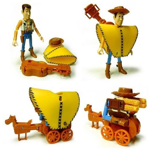 《玩具总动员》胡迪变成合体机器人
