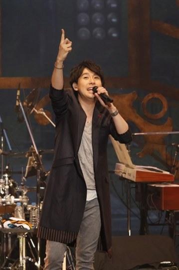 铃村健一将在海外举办演唱会