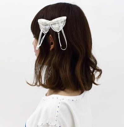 《变态假面》内衣罩头不是梦!岛国推出蕾丝内衣发夹