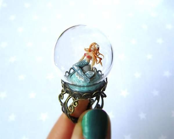 小巧玲珑可爱无比 水晶球戒指变身童话世界