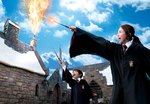 大阪USJ增设哈利波特新游戏 游客可用魔法降雪