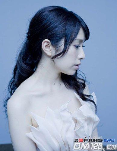 南里侑香于今春推出首张个人专辑