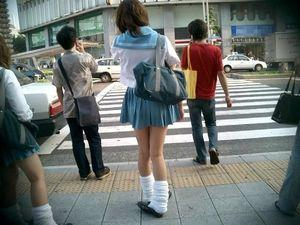 日本N高中制服太像《中二病》引网友关注