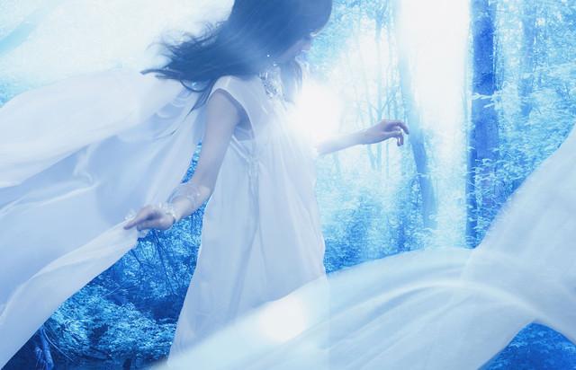 《火焰纹章》歌手莲花演唱《薄樱鬼》主题曲