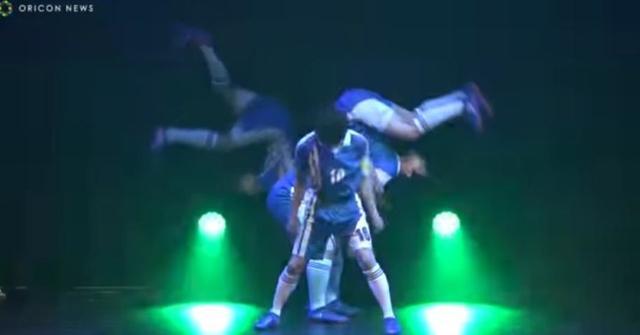 踢球变尬舞!《足球小将》舞台剧采用触感提示技术
