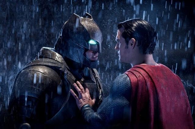 《蝙超》北美首日票房8200万破春季档纪录