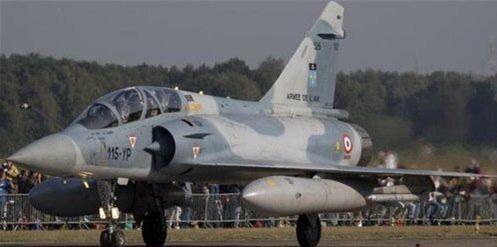 法国空军飞机惊现拉姆画像
