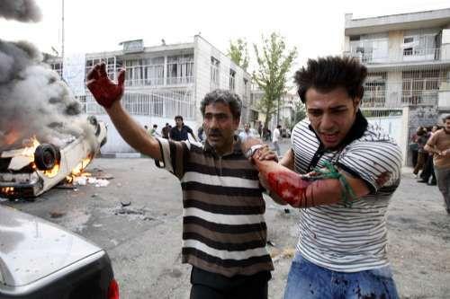 伊朗骚乱致20死 学生宿舍受袭击多人被捕(图)