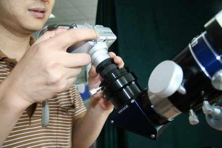 如何通过望远镜拍摄日食