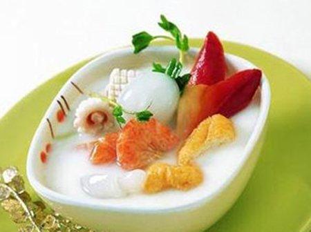 美食DIY——豆浆小海鲜锅
