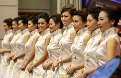 上海世博会礼仪人员选拔活动总决赛启动(组图)