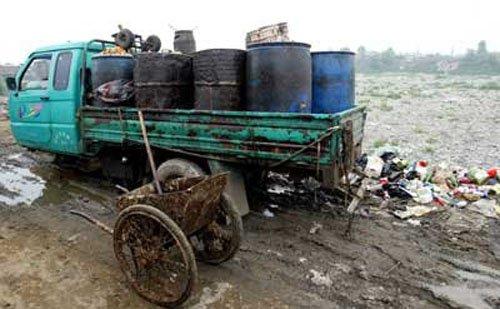 国人一年吃300万吨地沟油 毒性百倍于砒霜