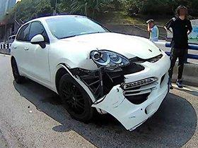 货车撞伤保时捷 驾驶员一盘子除脱10万