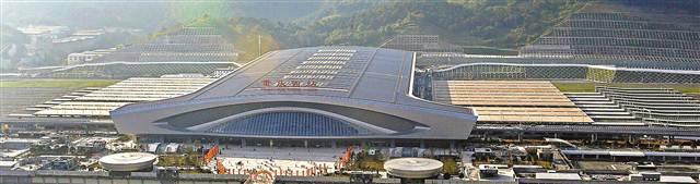 重庆西站最快本月投入使用