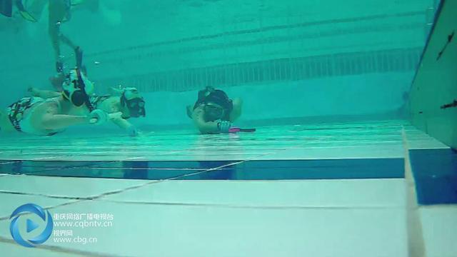 水下打曲棍球 世界十大奇怪运动你见过吗
