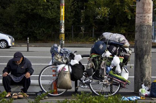 为什么日本人宁愿流浪也不当乞丐?