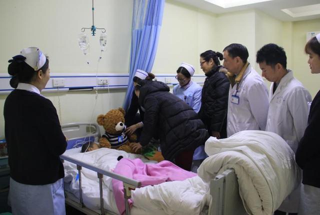 二郎医院助脑出血危重患儿顺利康复