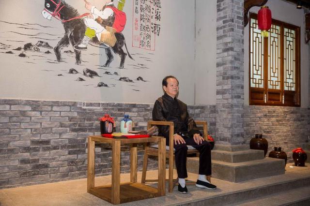 重庆非遗技艺百年传承 迎来首位女传承人