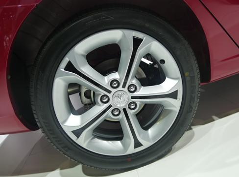 2014款逸动增1.5T涡轮增压版 1月14日上市