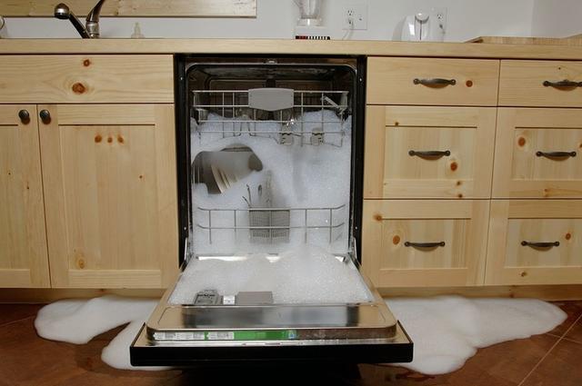 洗碗机在中国不卖座的秘密 我们找到了