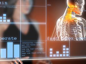 低头族玩手机致颈椎退化 这5个动作助康复
