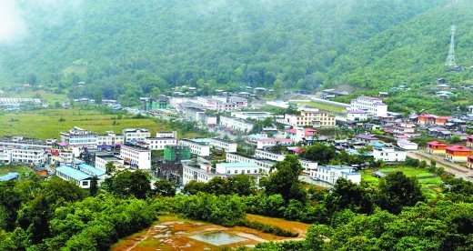 路途最险峻、位置最偏远的西藏墨脱县公路贯通
