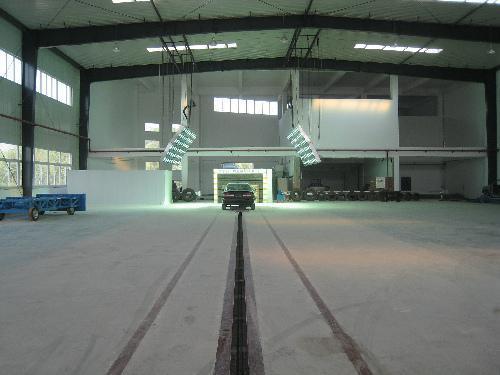 依托重庆车辆检测研究院有限公司汽车碰撞实验室组建设的高清图片