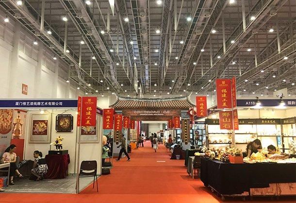 3月21日去重庆国际博?#20048;行?#28120;工艺品 逛展+淘货指南提前看