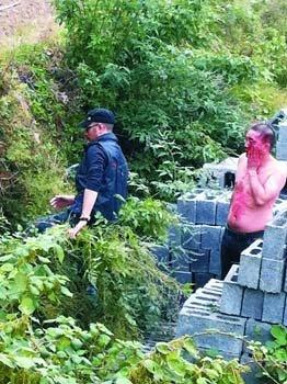 一枪打死你?19游客凤凰遭围殴(图)