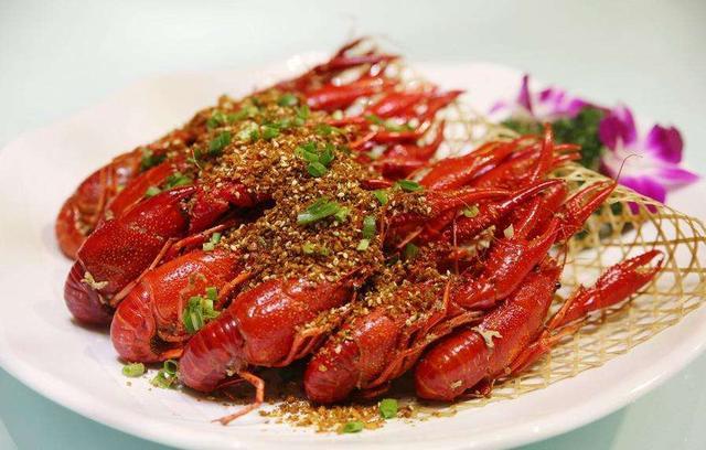 小龙虾、瓜子、西瓜 为啥有的食物一吃就停不下来