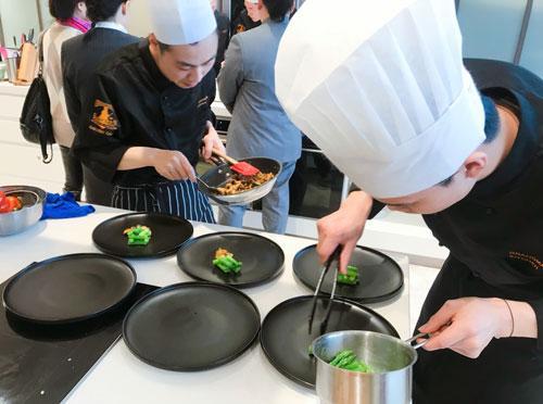 祖母的厨房于新光天地举办重庆首届现代主义烹饪大赛