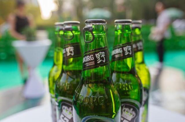 滑翔穿越大肆玩野 乐堡野啤酒2017全新上市