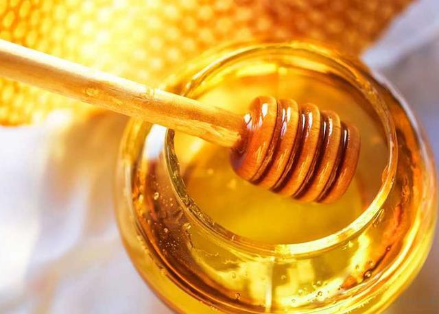 蜂蜜水什么时候喝最好?