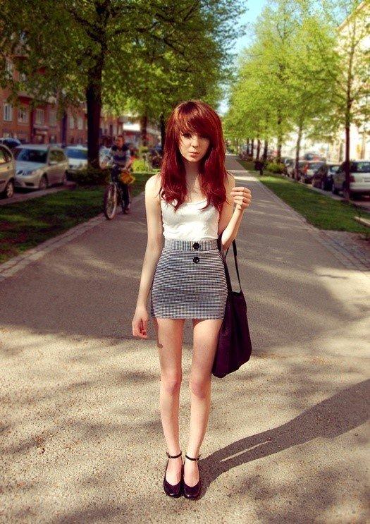 看极品萝莉演绎欧美高街风潮