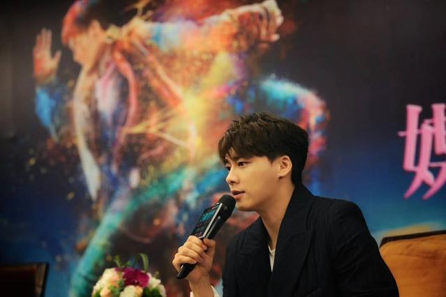 李易峰带《动物世界》来渝:希望改变对流量明星看法
